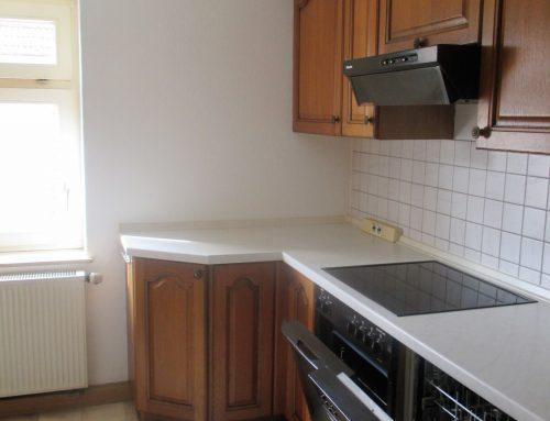 Renovierte 2 Zimmer Wohnung mit Einbauküche!